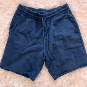 H&m relaxed shorts size M